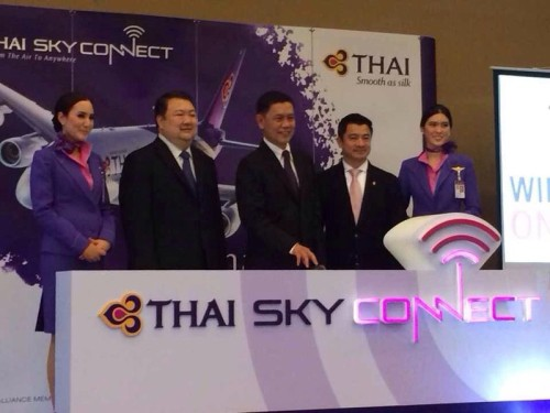 thai-sky-connect-wi-fi-on-aeroplane-01