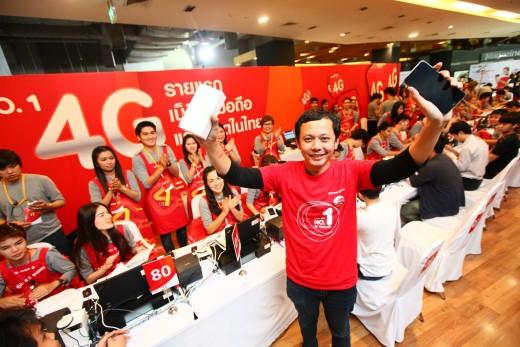 iphone6-iphone-6-plus-launch-in-thailand-02