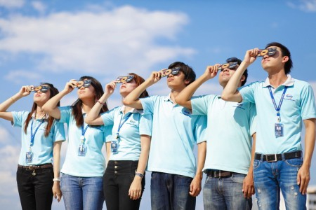 how-to-watch-solar-eclipse-01