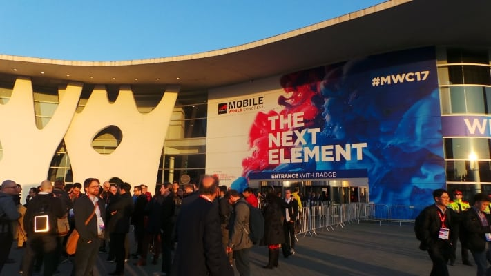 mwc-2017-tour-technology-nokia-3310-p01
