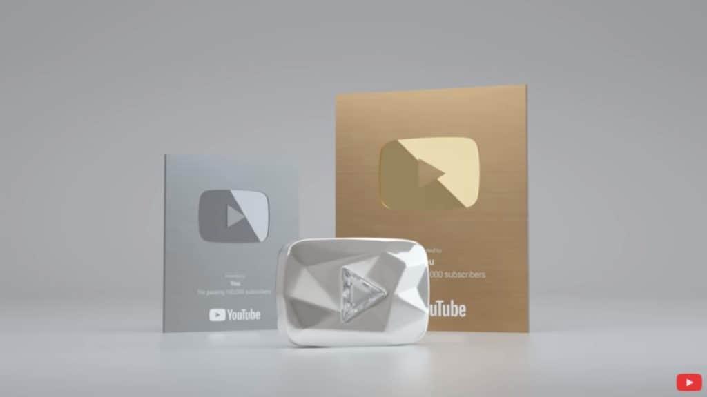 โล่รางวัล Youtube Creator Awards