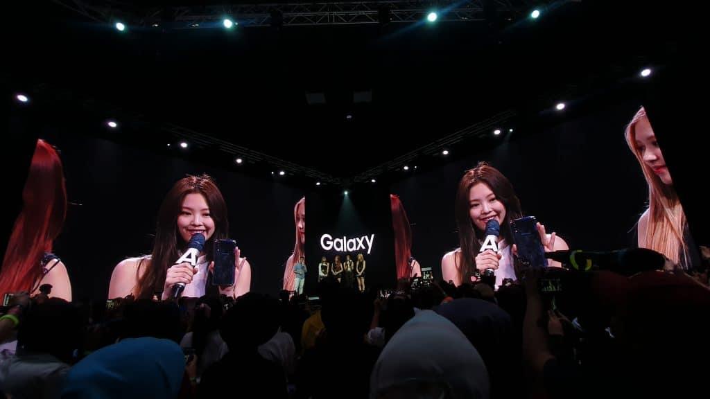 jennie blackpink Galaxy A70