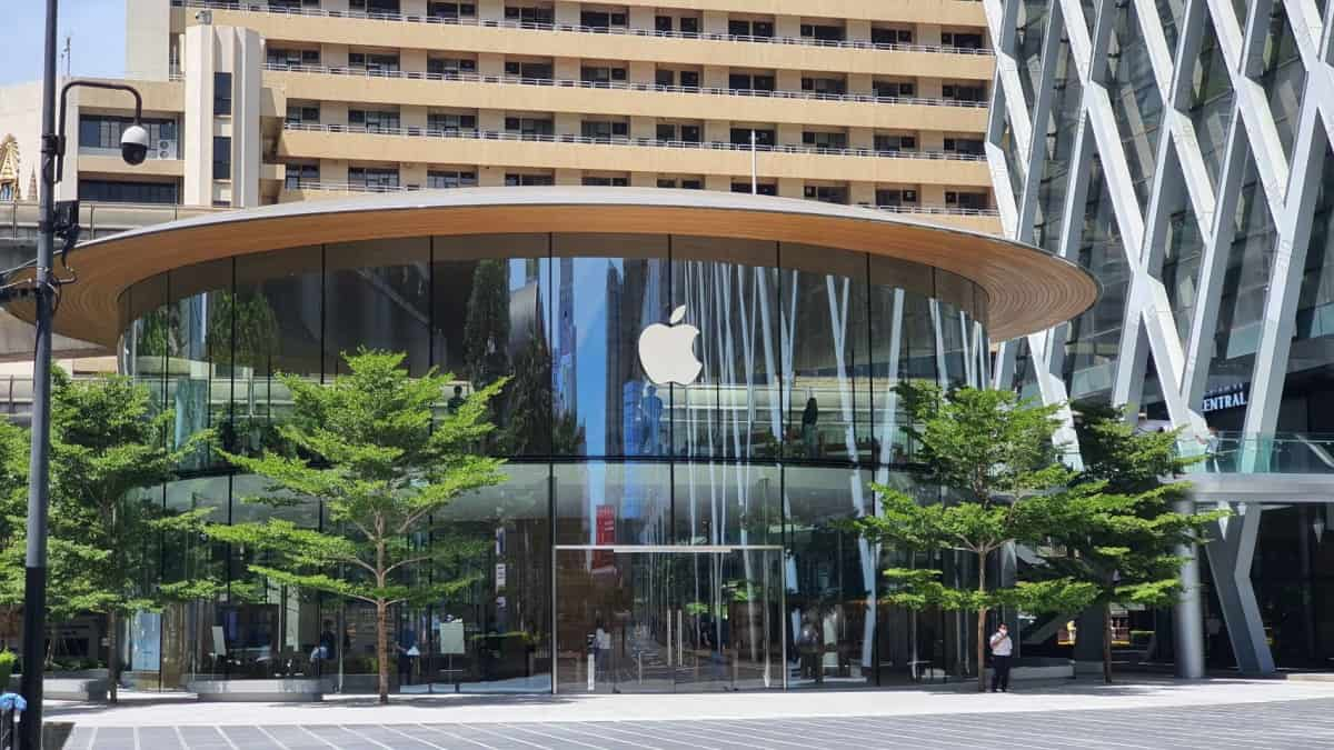 Apple Central World เปิด
