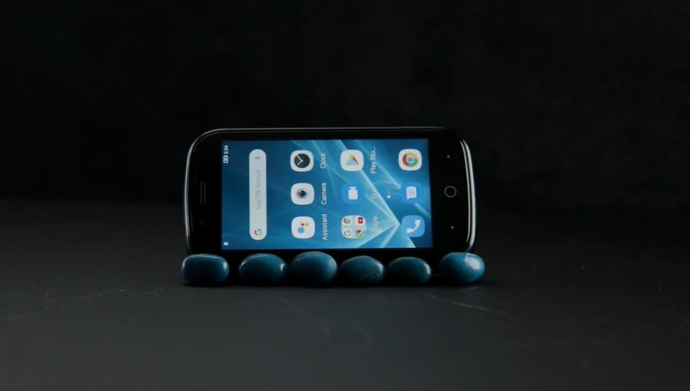 Jelly 2 สมาร์ทโฟน Android10 ที่เล็กที่สุดในโลก