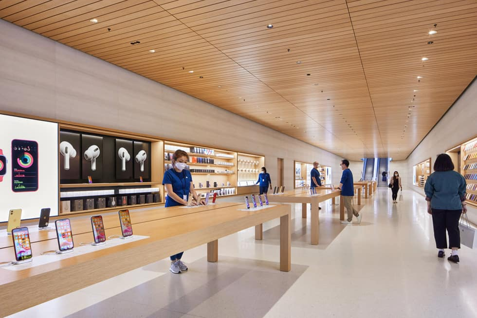 Apple Marina Bay Sands เปิดร้าน